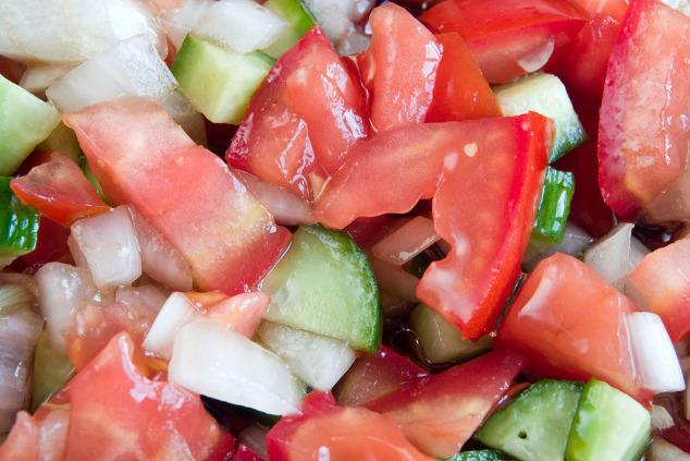 Tomaten-Gurken-Salat