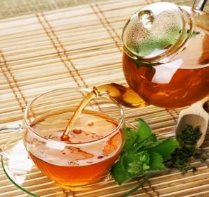 Gesund trinken: Tee mit Minze