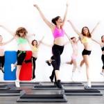 Aerobic: Trainingsvarianten & Grundschritte