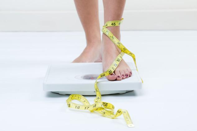 Magersucht: Gewichtskontrolle