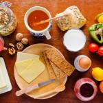 Gesundes Frühstück: Nährstoffe, Lebensmittel & Tipps