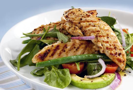 Warmer Hähnchenbrust-Salat