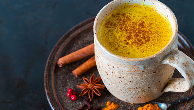 """""""Golden Milk"""" oder Kurkuma Latte – Trendgetränk mit Wirkung"""